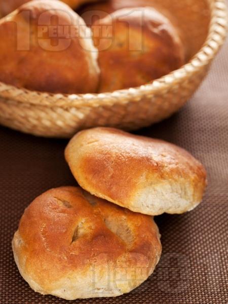 Френски питки по селски с жива прясна мая в хлебопекарна (машина за хляб) или на фурна - снимка на рецептата